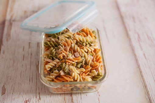 Get Airtight Containers for Frozen Meat and Leftovers