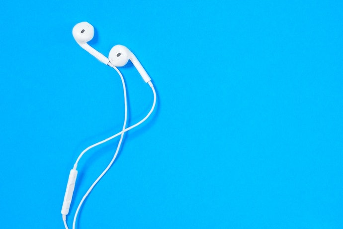 Earbuds Are Cheaper, but Are Not Customizable