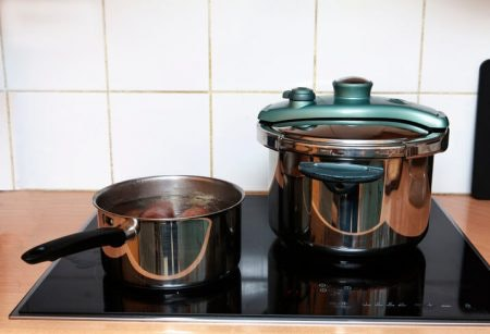Check Whether the Pressure Cooker Is Compatible With Your Cooktop