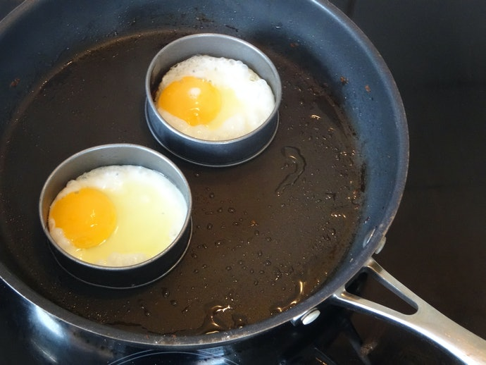 Ring Type Is Best for Frying Eggs