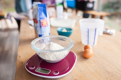 Digital Scale for Quick and Easy Weighing