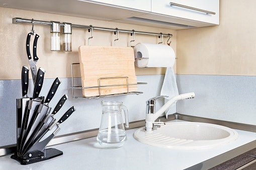 Hand Wash Your Knives, Do Not Use a Dishwasher