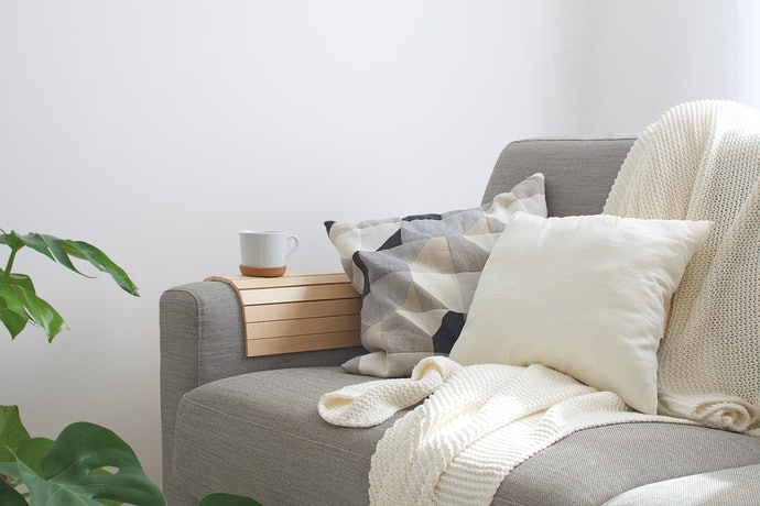 Simplicity Is Key: Choose Items With Clean Line Patterns