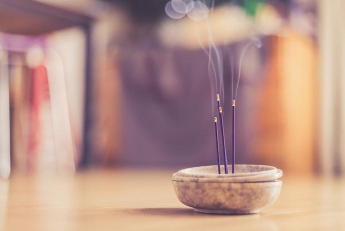 Go for Organically-Made Incense Sticks