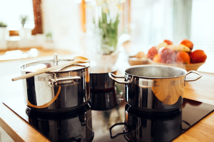 Stainless Steel for Lightweight Cooking