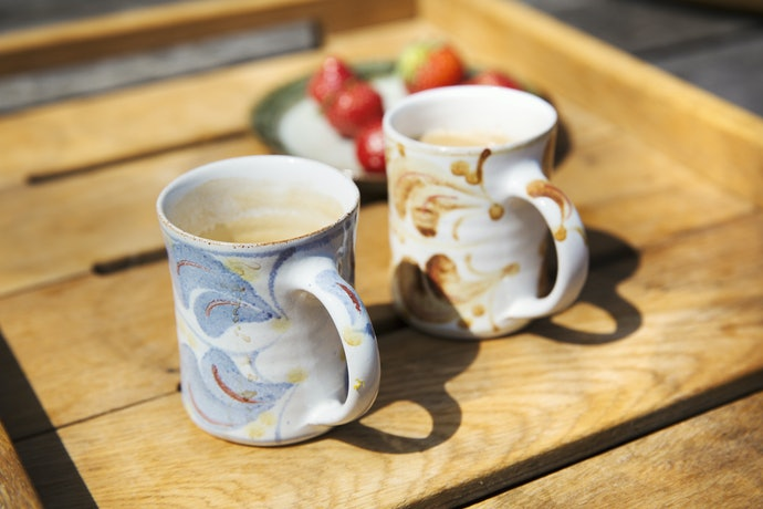 Ceramic Mugs Are Sturdy and Able to Retain Heat Longer