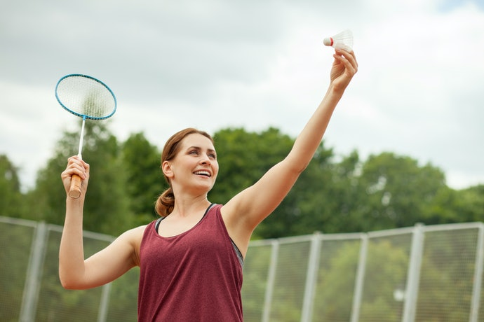 Pick a Racket with a Weight That Is Comfortable to Carry