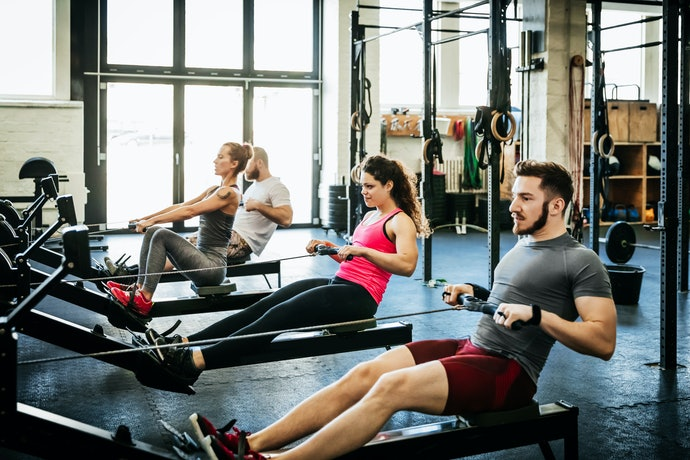 Air Rower for a Smooth Rowing Stroke