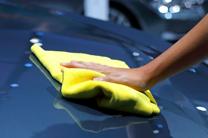 Micro-Chenille, Scrubber, and Foam Core or Foam-Backed for Deep Yet Gentle Car Cleaning