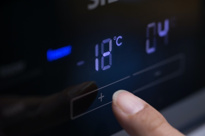 Ideal Temperature Slows Down the Aging Process