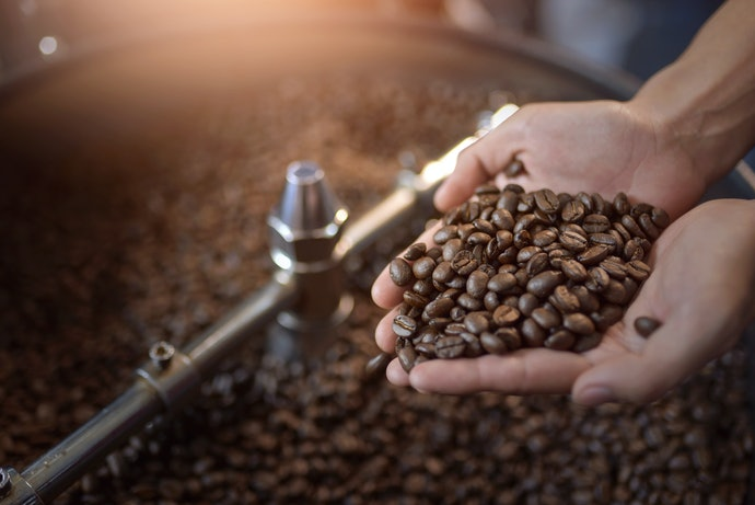 Whole Coffee Beans Offer a Sharp and Fresh Flavor Profile