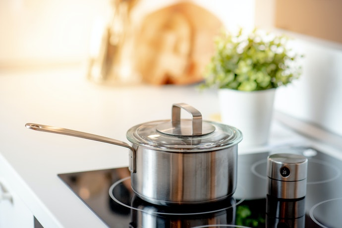 Check If the Cookware is Compatible with Your Stove