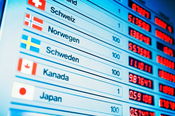 For International Transfers, Check and Compare the Exchange Rate