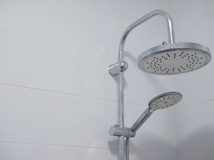 Dual-Head Showers for More Flexibility