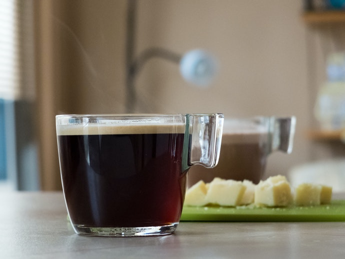 Glass Mugs Offer Visibility