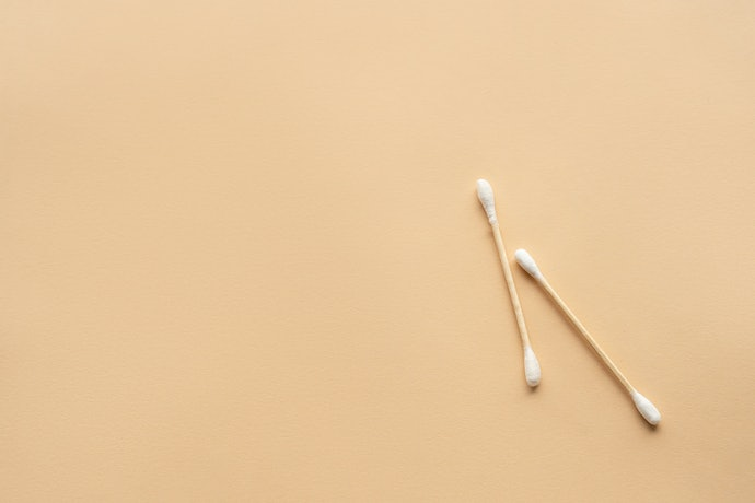 Cotton Buds Made With 100% Cotton Tips for Softer Swabbing and Great Absorbency