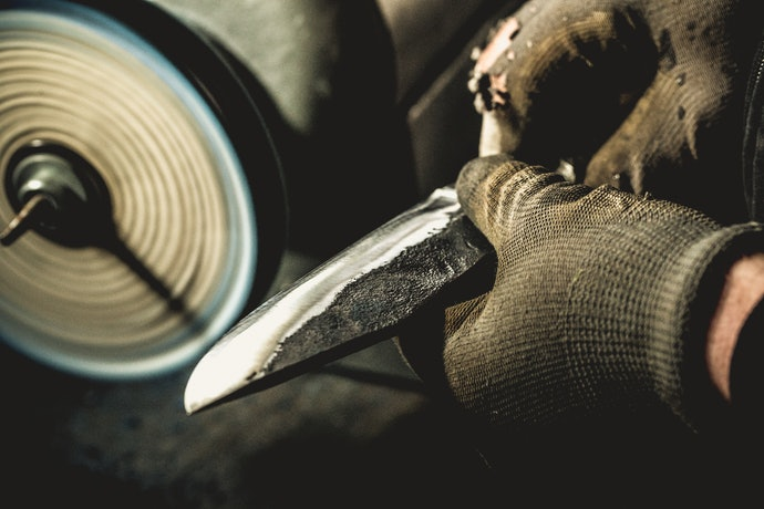 A Good Forged Knife Is Heavier but Will Last for Many Years