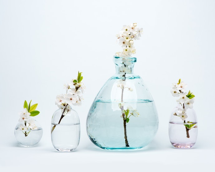A Bud Vase Can Accentuate Tiny Blooms