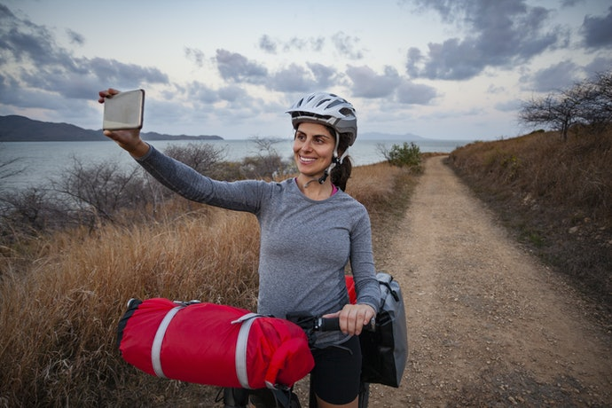 Handlebar Bags Offer Easy Accessibility