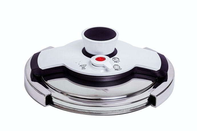 Look for Safety Features Such As Steam Vents and Lid Locks
