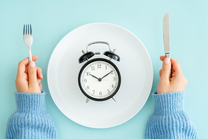 Combine Meal Replacement Shakes With Intermittent Fasting