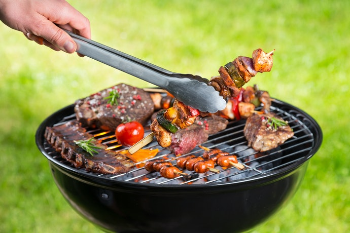 Why Should You Get a Charcoal Grill?