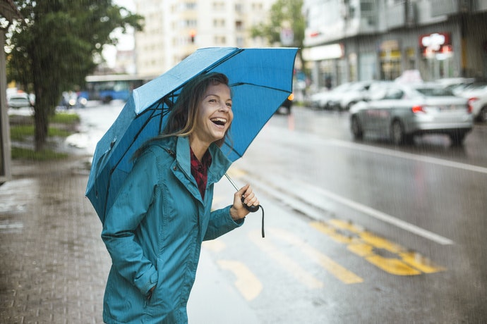 Consider Getting a Raincoat With Pockets