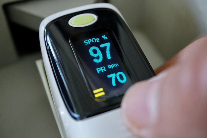 The Display Shows Everything You Need to Know About Your Blood Oxygen Saturation Level