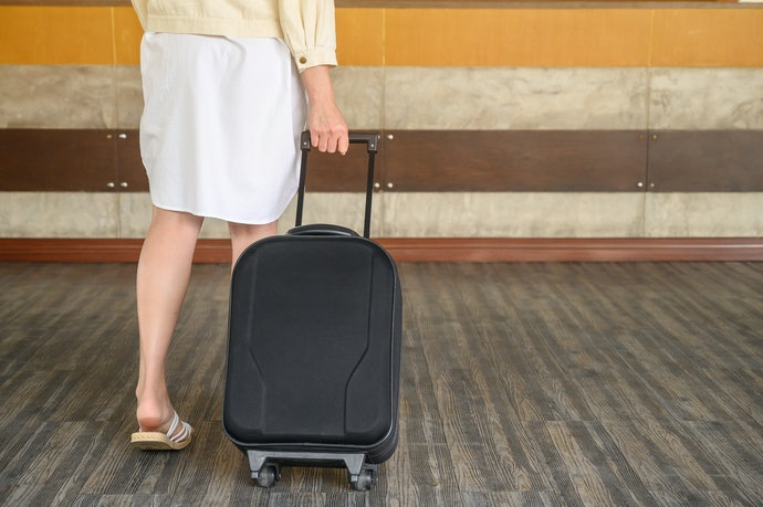 Wheeled Garment Bags Offer Hassle-Free Movement