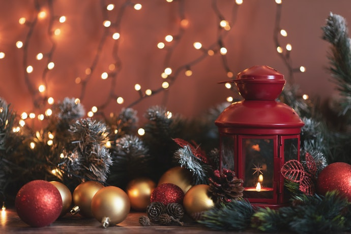 Style Your Home with a Christmas Color Scheme