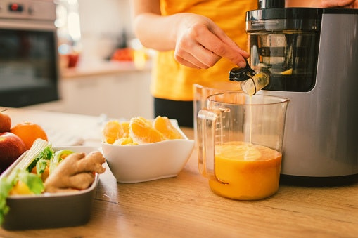 Go for Juicers That Are Easy to Operate and Clean